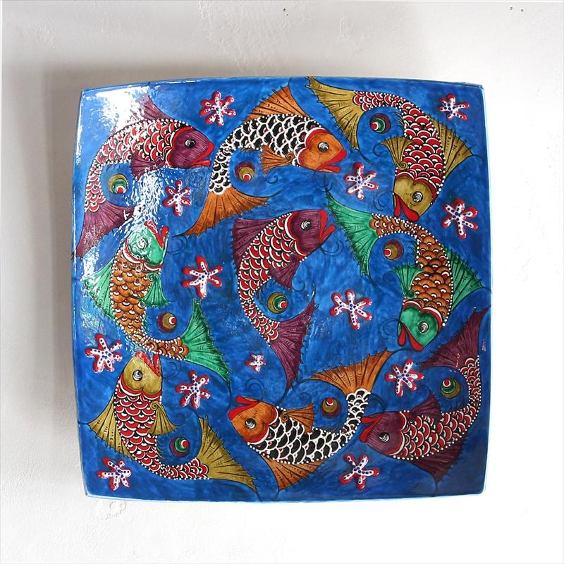 35角スクエア角皿/トルコ・キュタフヤ産手書きの飾り皿9匹の魚・ブルー