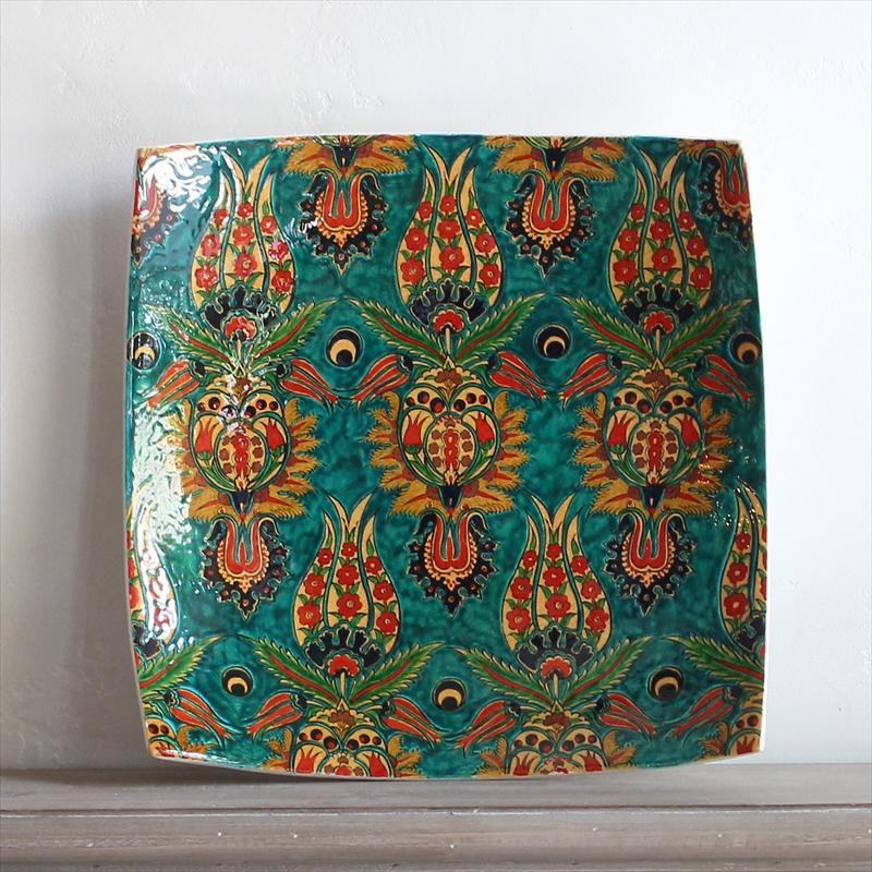 35角スクエア角皿/トルコ・キュタフヤ産手書きの飾り皿チューリップ・ブルーグリーン