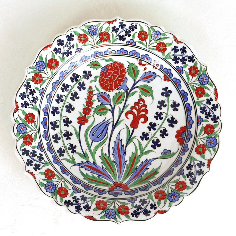 トルコ・手書き絵皿 キュタフヤ陶器 プレート30cmオットマンクラシック・赤いカーネーション