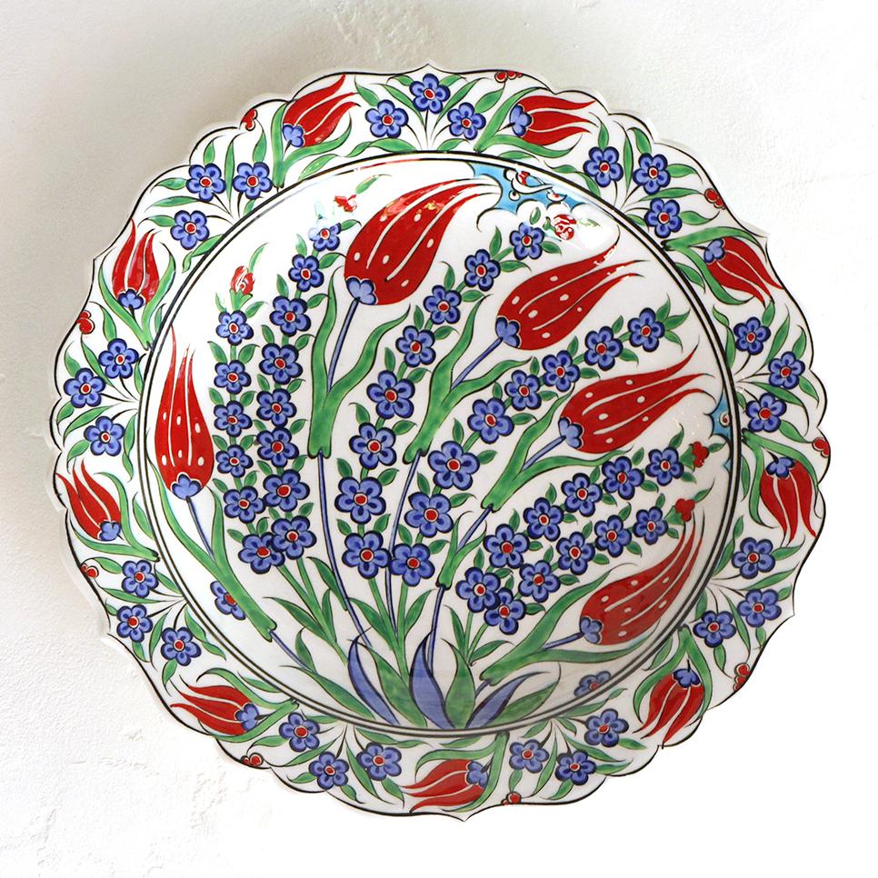 トルコ・手書き絵皿 キュタフヤ陶器 プレート30cm赤いチューリップとヒヤシンス