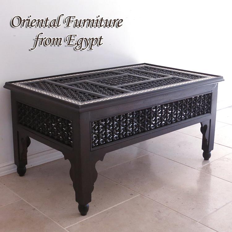 エジプトの工芸家具 ローテーブル・マシャラビア・エジプト製イスラミックな幾何学デザインのテーブル