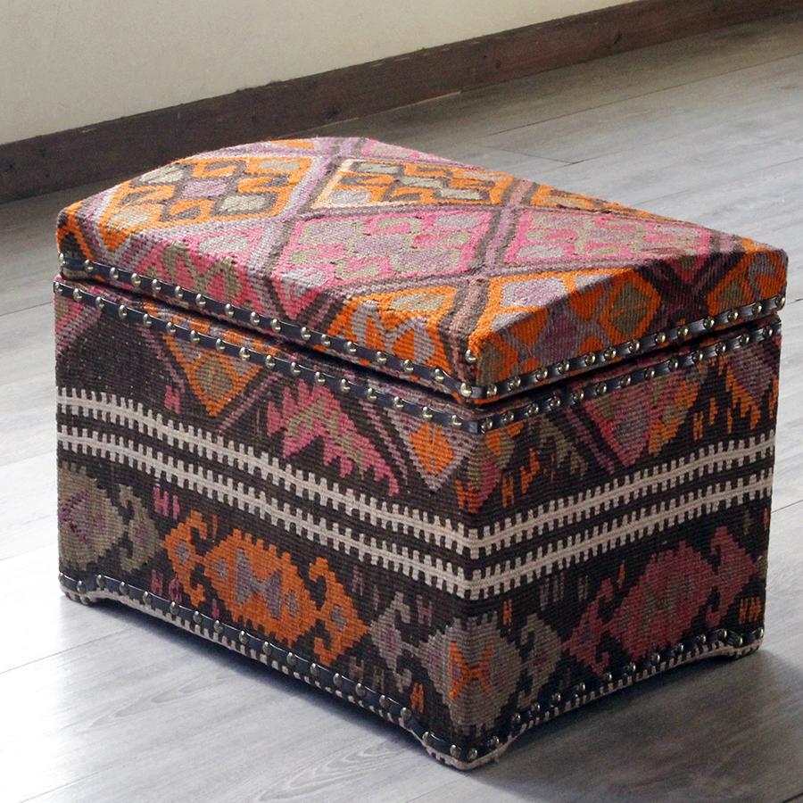 オールドキリム木製家具・宝箱Lサイズ・カルス