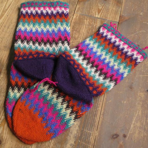 アンティーク・トルコ手編みウール靴下マルチカラー・オレンジ/カラフルなジグザグボーダー/21cm