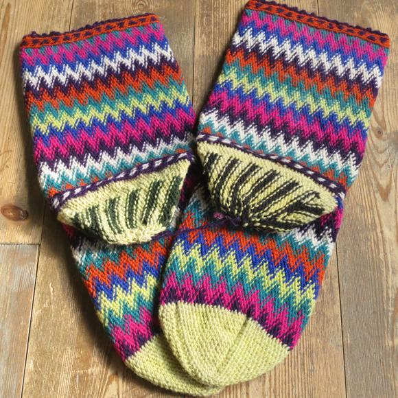 アンティーク・トルコ手編みウール靴下マルチカラー・レモンイエロー/カラフルなジグザグボーダー/23cm