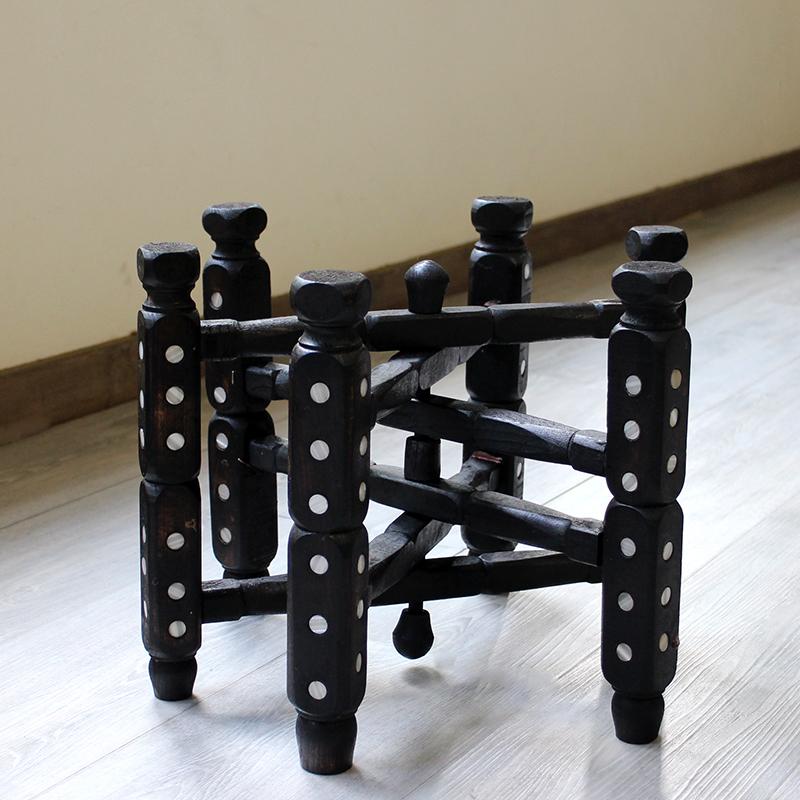 アナトリアの木製家具・折りたたみ脚台/高さ30cm 直径39cm螺鈿の飾り