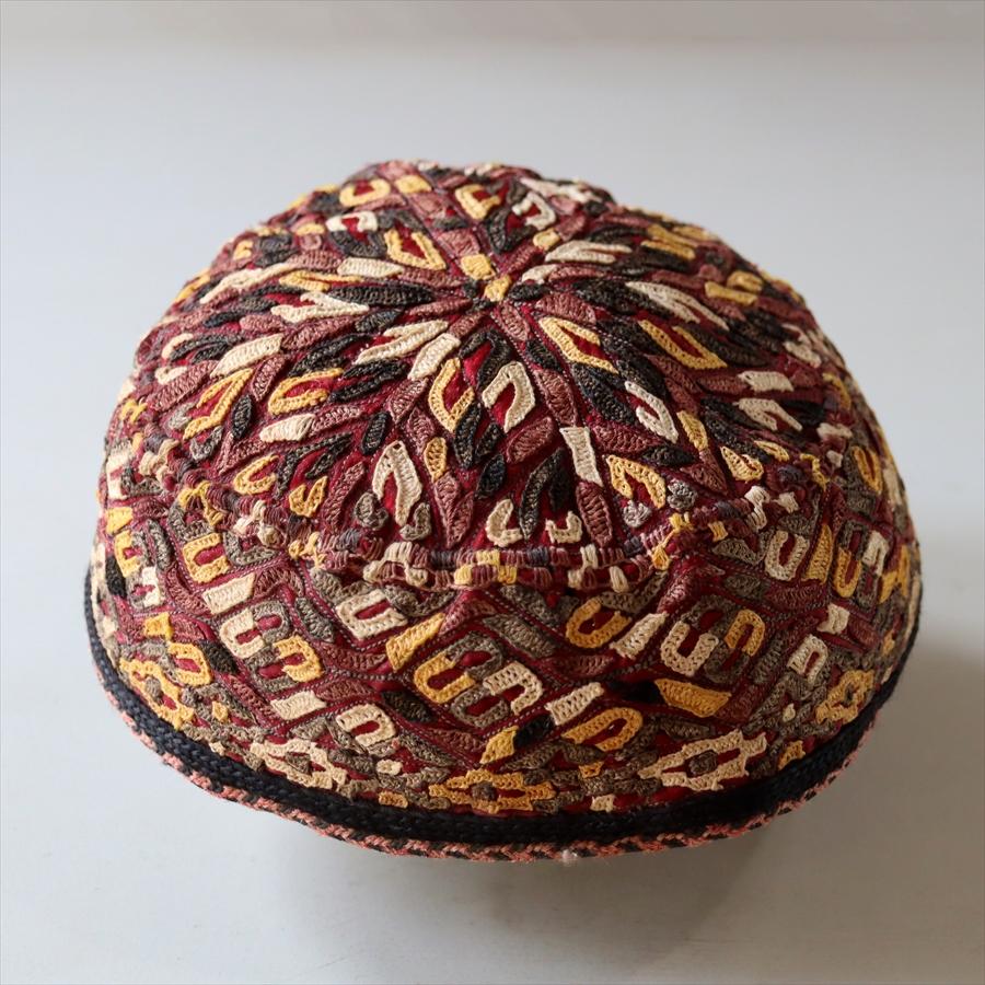 トルクメン・刺繍の帽子