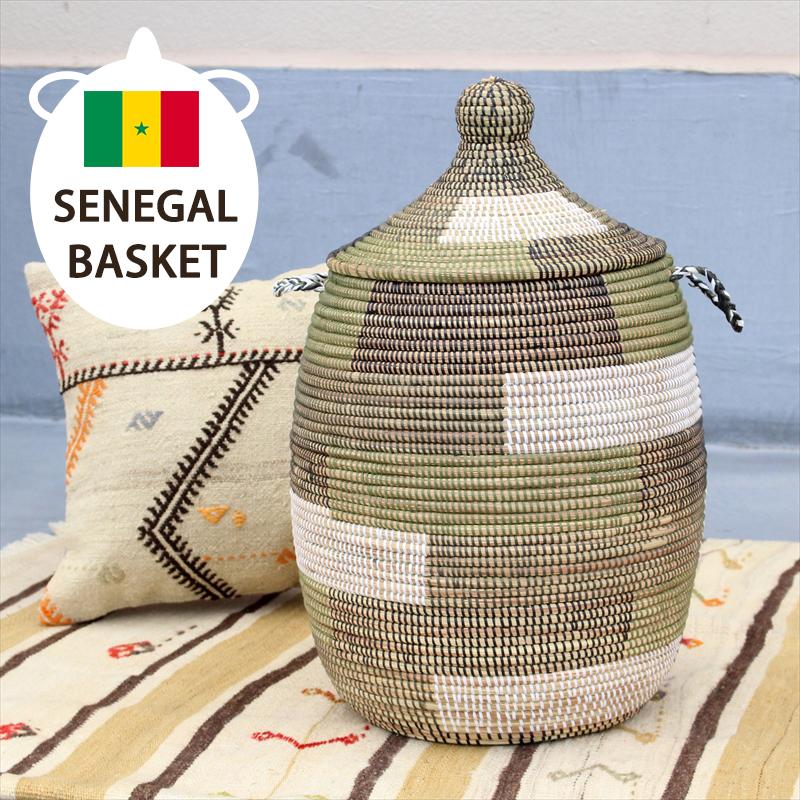 アフリカのランドリーバスケット/セネガルバスケット高さ55cm/手編み/天然素材/水草/ふた・取っ手付きブロック柄グリーン・ブラック・ホワイト