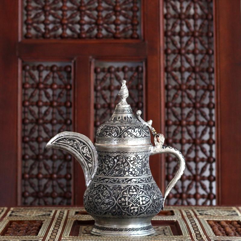 トルコ・銅製の水差し/高さ23cmアンティークシルバー色