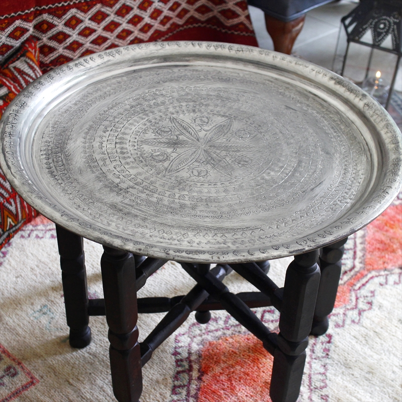 アナトリアの家具銅製のトレイ/丸盆・直径58.5cm(脚は別売) Turkish Nomadic round tray, Moroccan tray tableTurkish Nomadic round tray, Moroccan tray table