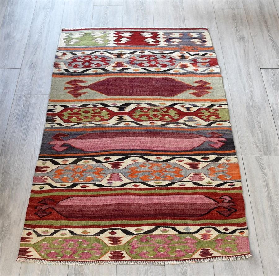 オールドキリム・アイドゥン チェイレキ160×90cmカラケチリの伝統柄