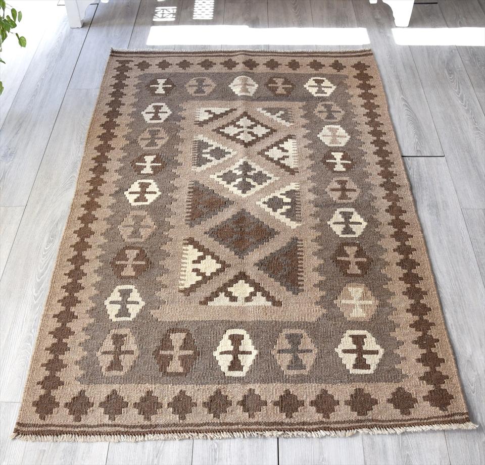 カシュカイ族の手織りキリム/センターラグ151×100cm染めていないナチュラルカラー