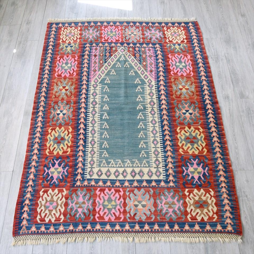 色にこだわる~ワンランク上のカイセリ産手織りキリム183×128cmグリーンのミフラープ
