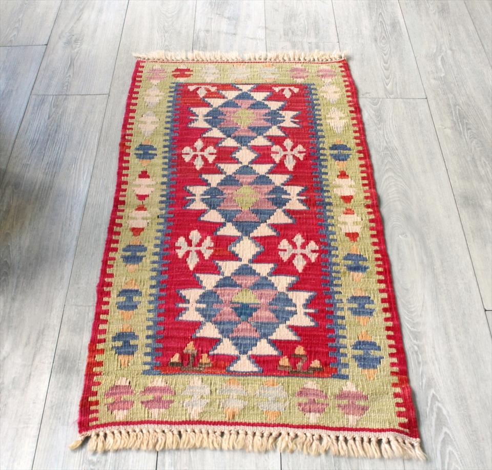 色にこだわる~ワンランク上のカイセリ産手織りキリム103×52cmピンク&ライトグリーン