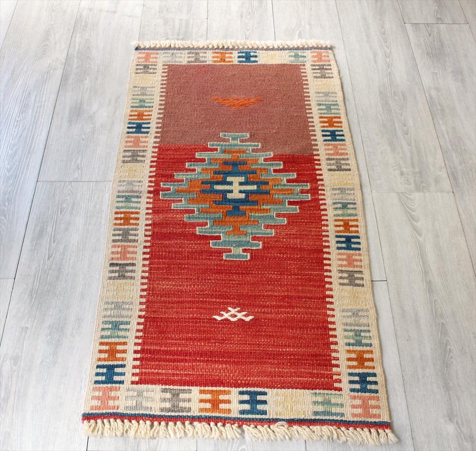 色にこだわる~ワンランク上のカイセリ産手織りキリム102×54cmレッド&アイボリー