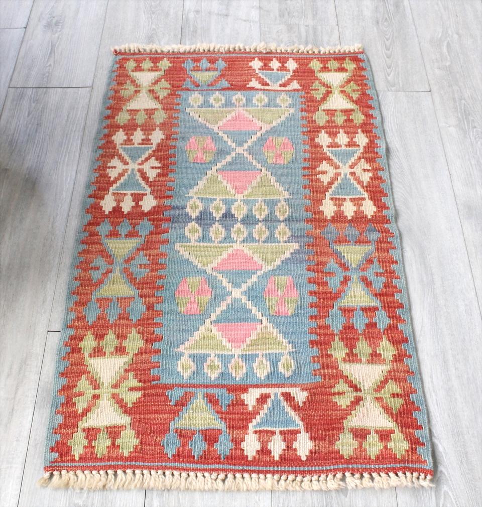 色にこだわる~ワンランク上のカイセリ産手織りキリム101×59cmレッド&ブルー&グリーン/耳飾りのモチーフ