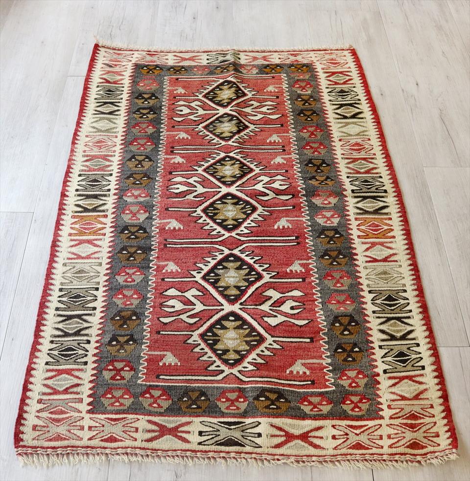 アダナキリム/トルコ手織りキリム ウール120×79cmチェイレキ・エリベリンデ