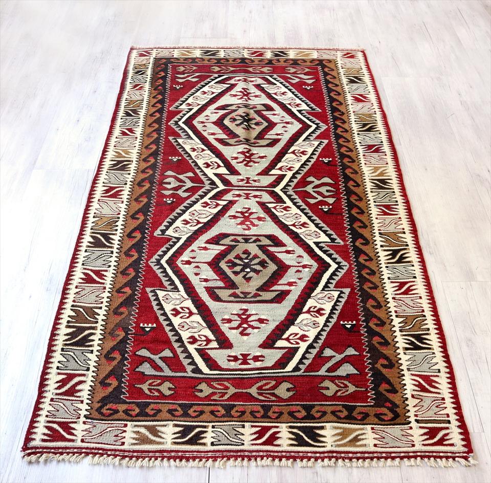アダナキリム/トルコの手織り ウール205×111cmセッヂャーデ 2つのエリベリンデ