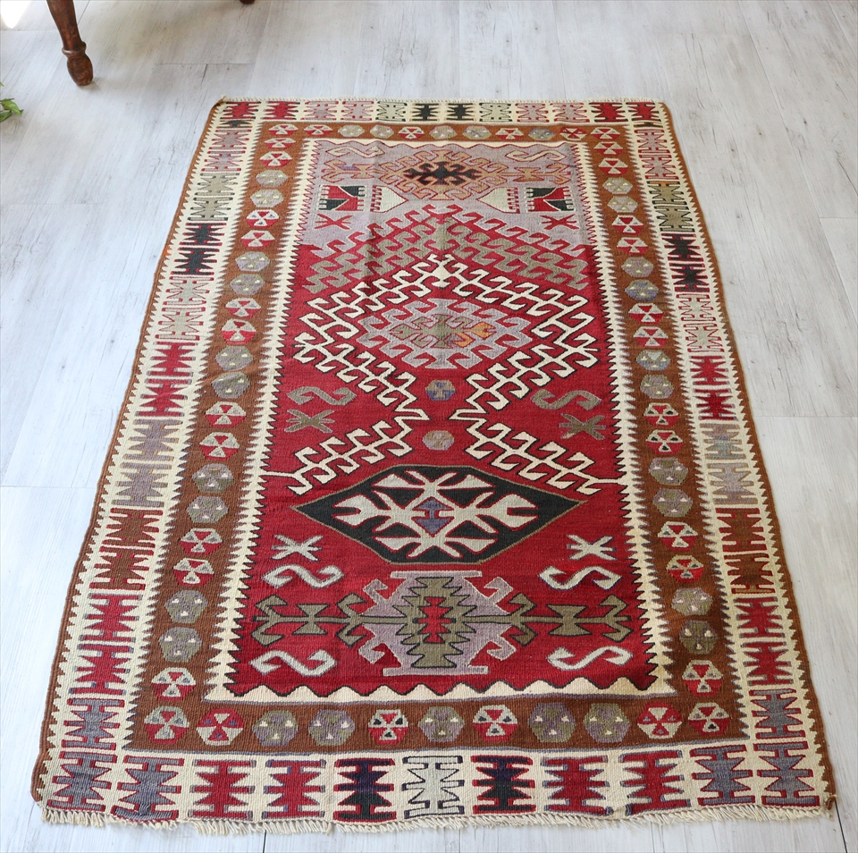 アダナキリム/トルコ手織り ウール156×100cmチェイレキ ヌズムラデザイン ドラゴンの爪