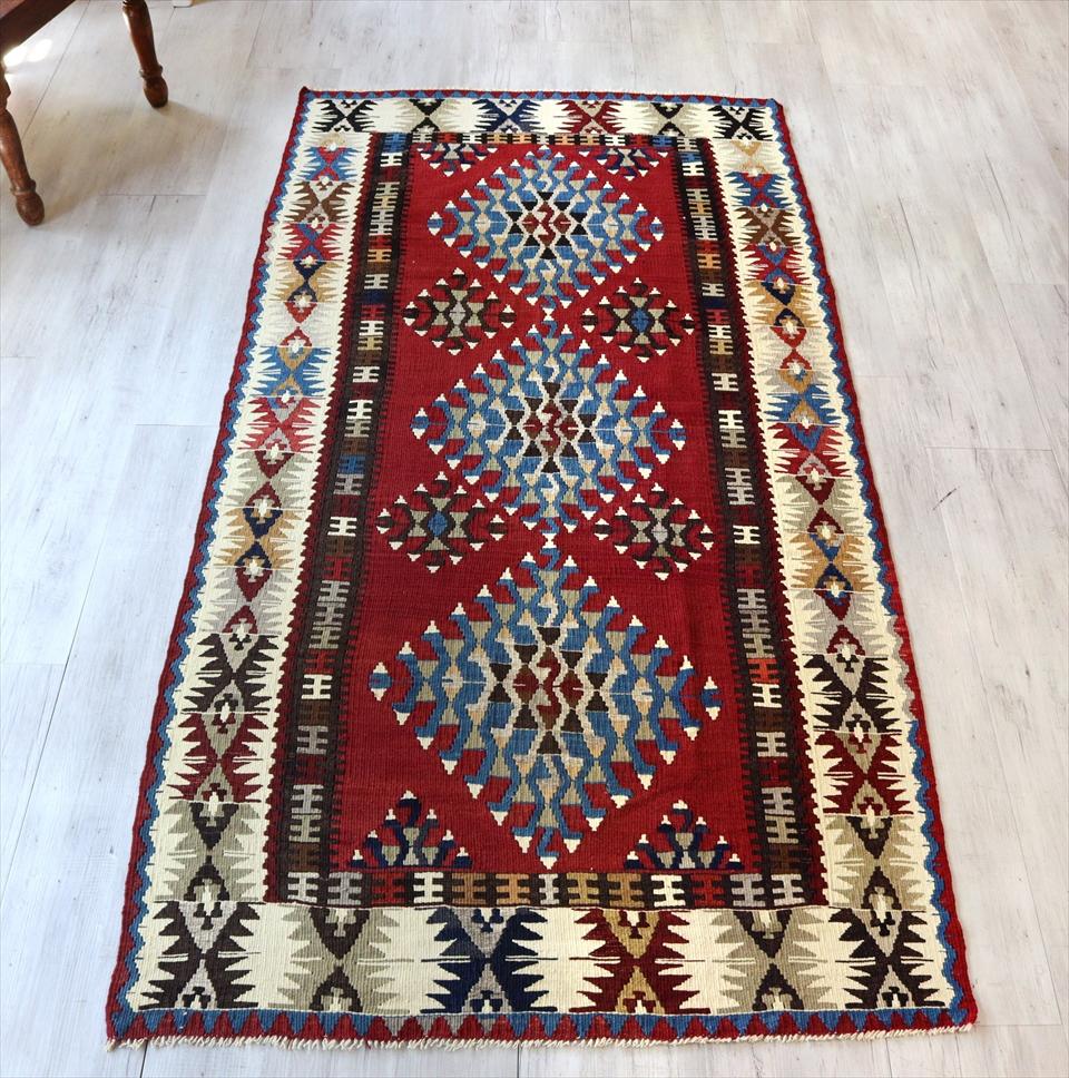 カイセリキリム/トルコ手織りラグ ウール220×110cmリビングサイズ ドラゴンのモチーフ