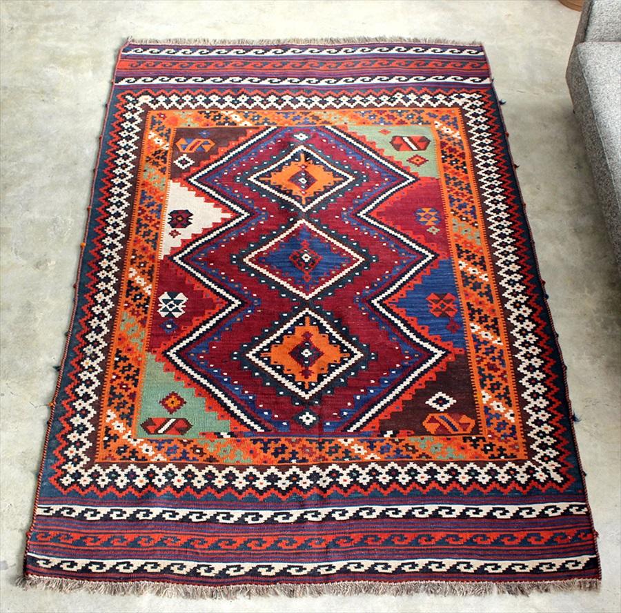 オールドキリム・カシュカイ族 遊牧民の手織りキリム Qashkai tribe Flat weaven kilim226×143cm3つのメダリオン