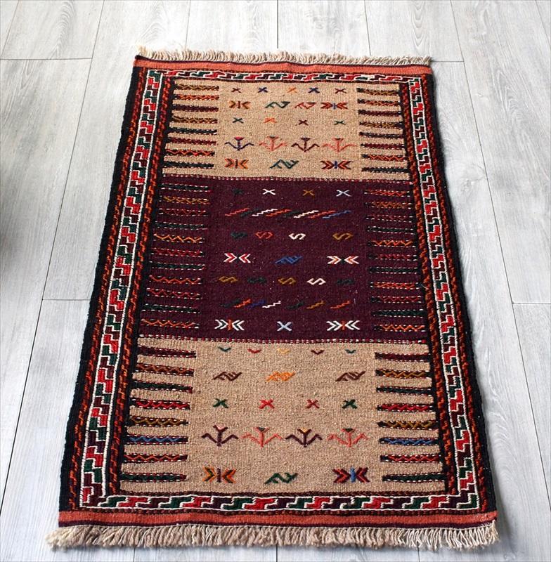 手織りキリムラグ・グチャンの素朴な織り/玄関マットサイズ