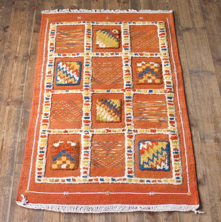 モロッコキリム・タズナフト/ヤストゥクサイズ96×61cm凹凸のあるパイル織りミックス