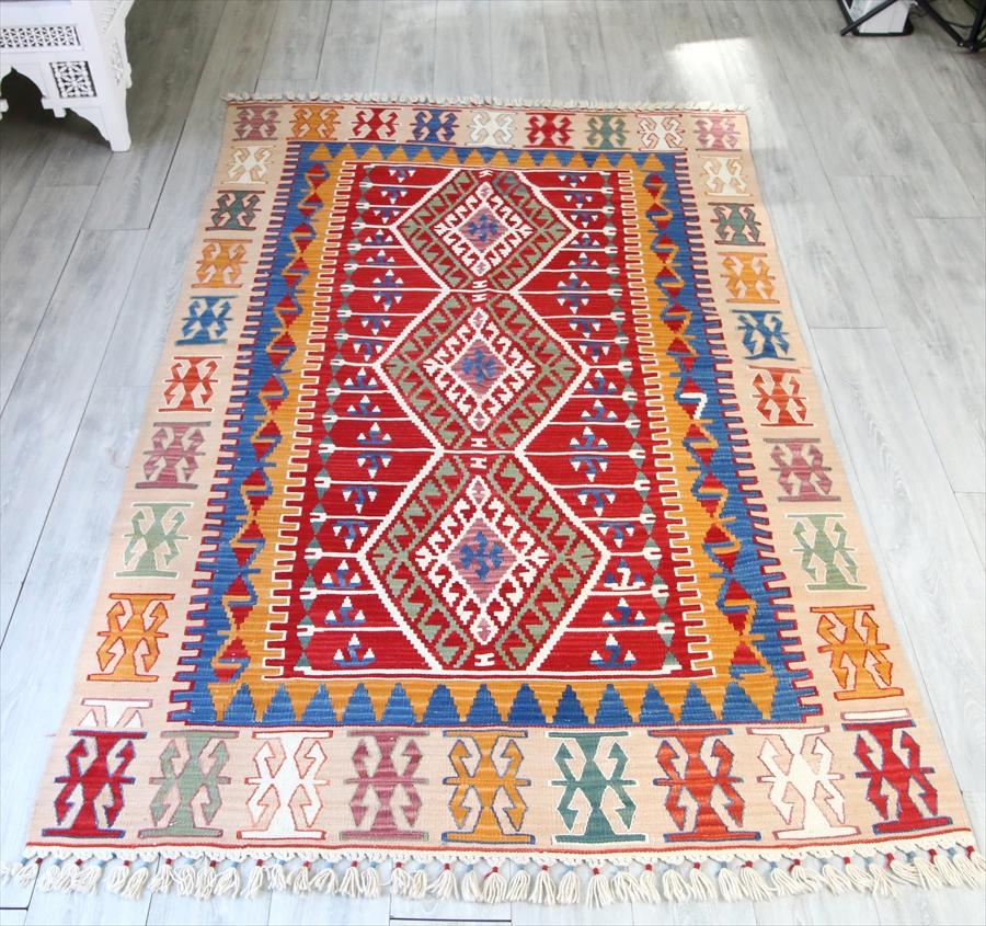 トルコキリム・手織りのウール100%カイセリキリム・カリヨラサイズ・245×150cmレンガ色/ベージュ 細かな爪のドラゴンモチーフ