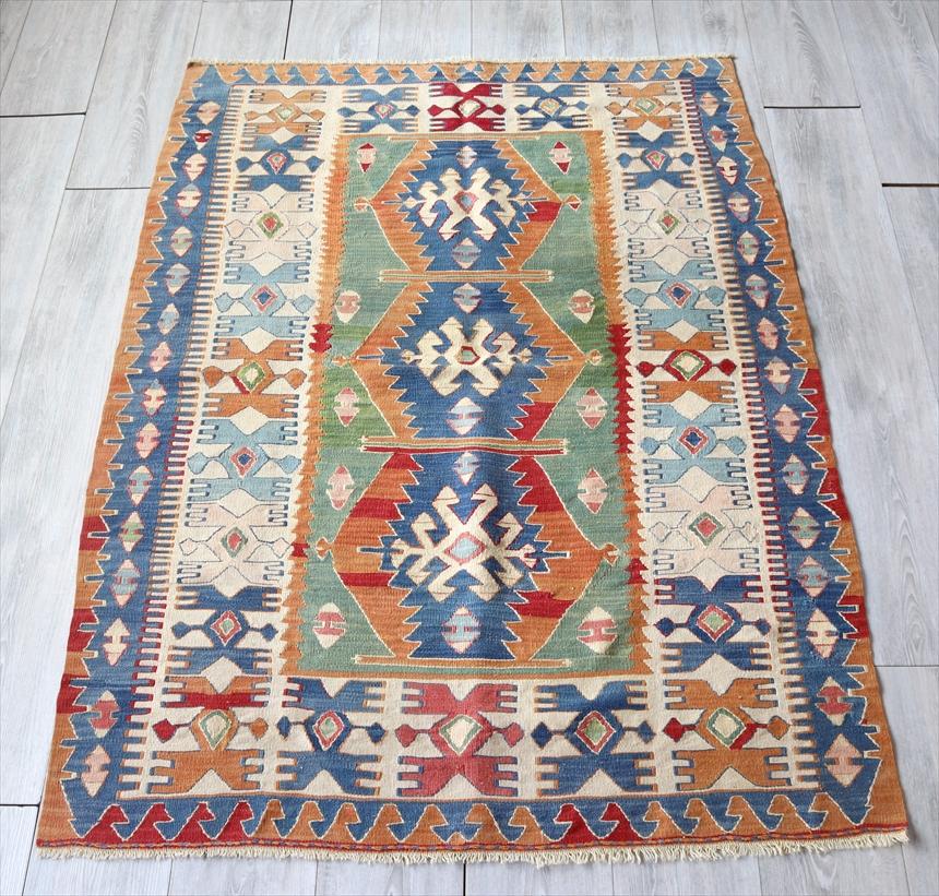 トルコ手織りキリム ウシャク・セッヂャーデ163×113cmブルー&グリーン 3つの六角メダリオン
