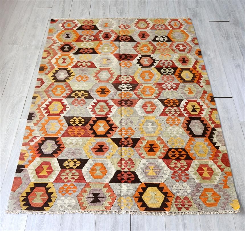 オールドキリム・タワシュ フラグメント191×129cm暖色系の細かな幾何学モチーフ