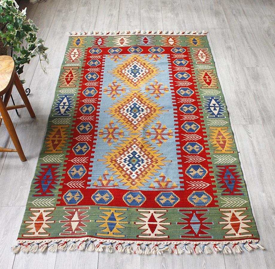 カイセリキリムトルコキリム・カイセリ産手織りラグ/セッヂャーデサイズ190×108cm3つのドラゴンメダリオン・麦の穂のあるボーダー