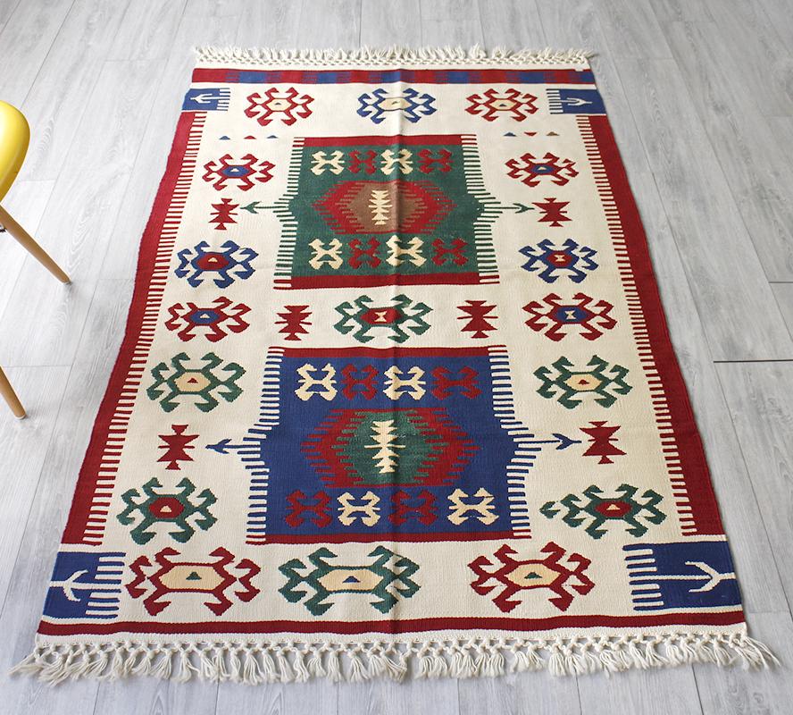 ウシャクキリム・トルコ産手織りキリム/良質ウールを使ったやわらかな織り177×114cmグリーンとブルーのサンドゥック