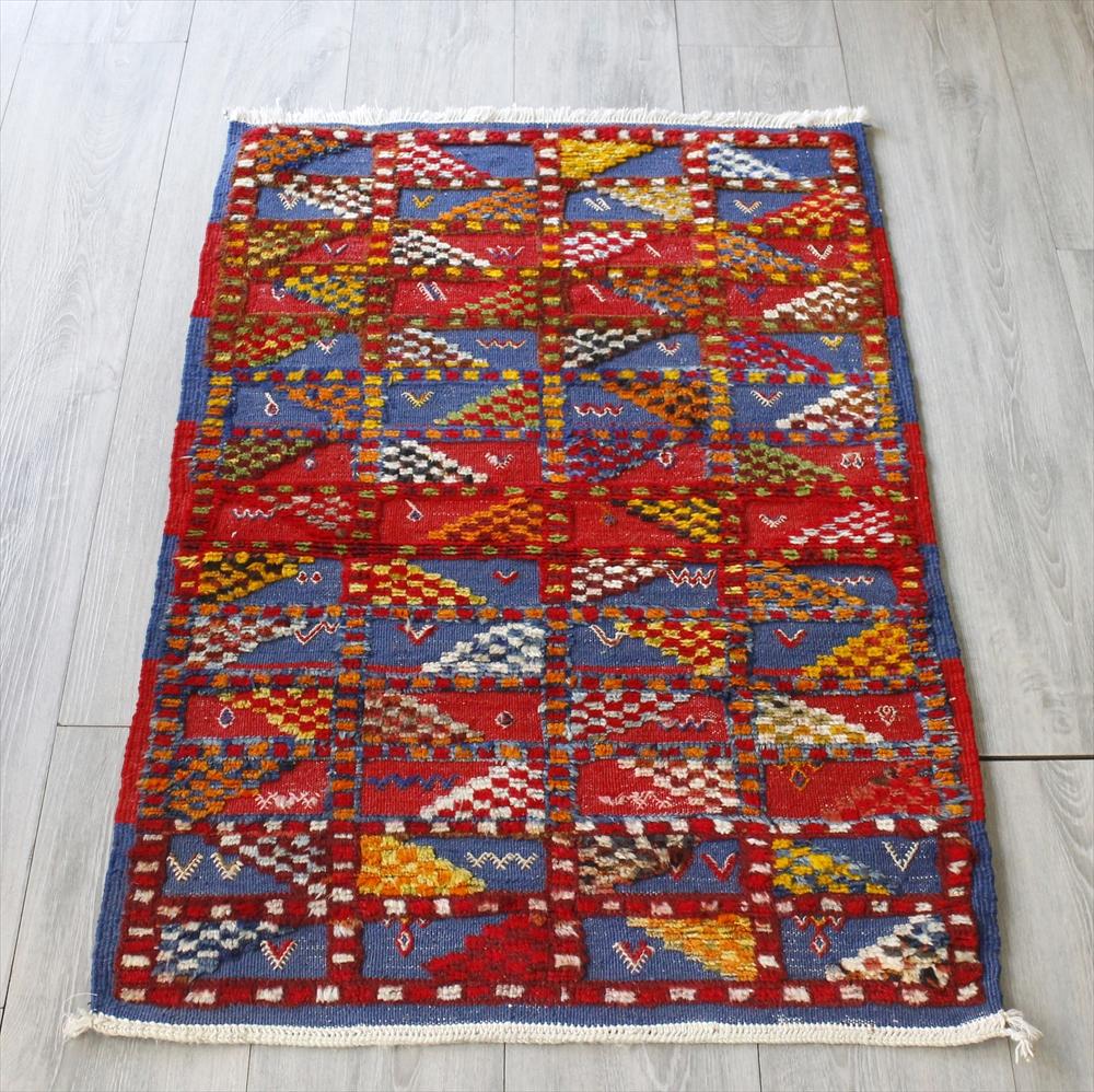 モロッコキリム・タズナフト/ヤストゥクサイズ107×68cm凹凸のあるパイル織りミックス