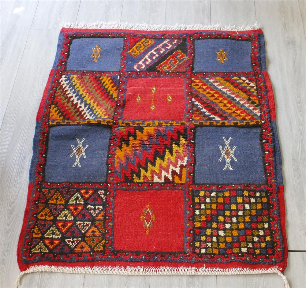 モロッコキリム・タズナフト/ヤストゥクサイズ106×82cm凹凸のあるパイル織りミックス OUTLET・サービス品