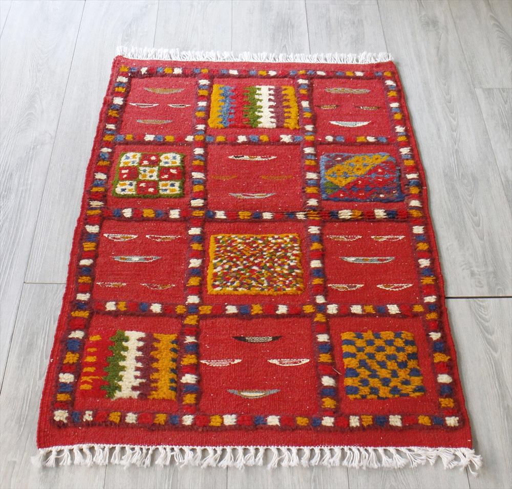 モロッコキリム・タズナフト/ヤストゥクサイズ103×67cm凹凸のあるパイル織りミックス
