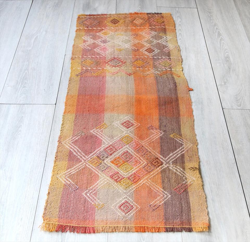 オールドキリム・カイセリ フラグメント96×41cm薄手の織り地のペルデ・暖色系のストライプ