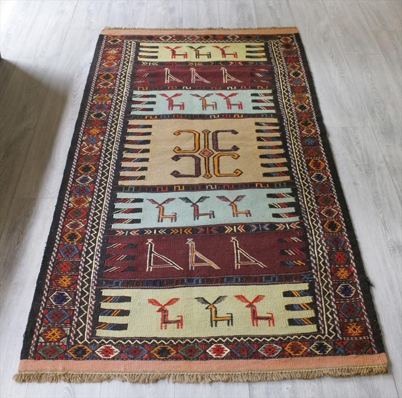 グチャンキリム・東イランの素朴な手織りキリム186×106cmセッヂャーデ/ペールブルー・ベージュ・ボルドー