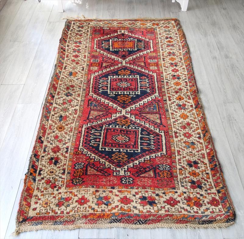 エリアラグ・トルコ絨毯/マラテヤ クルディッシュ220×117cm3つのネイビーのメダリオン
