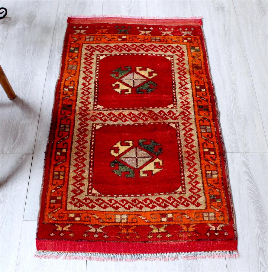 トルコ絨毯・アナトリアのオールドカーペット・エリアラグ/ヤストゥク97×55cmコンヤ/レッド&オレンジ Hand Notted Anatolian Carpet Vintage