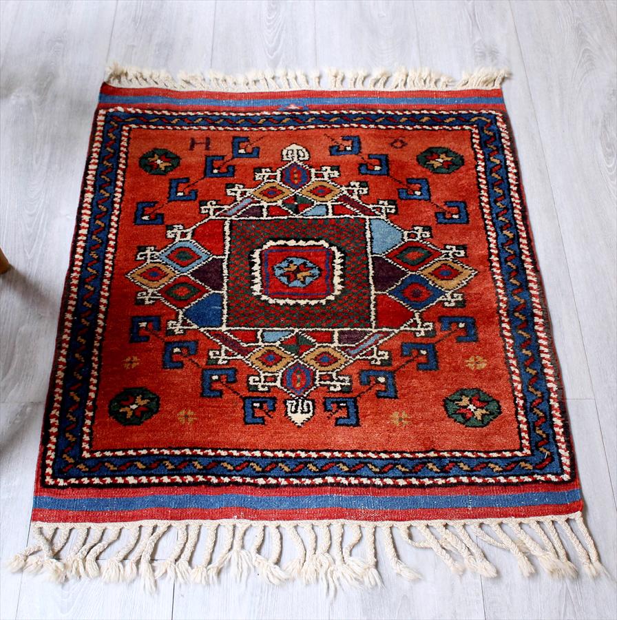 トルコ絨毯・アナトリアのオールドカーペット・エリアラグ/チェイレキ80×70cmチャナッカレ/ダイヤのメダリオン・ソロモンの星 Hand Notted Anatolian Carpet Vintage