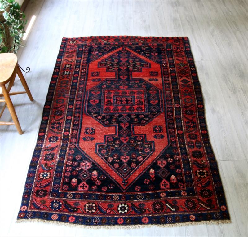 オールドカーペット・トルコ絨毯エリアラグ/リビングサイズ・カリヨラ213×132cmハマダン/ネイビー&レッド/鉤のついた六角形メダリオン