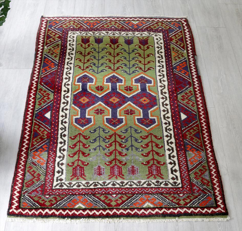 トルコ手織り絨毯・オールドカーペット・Konya コンヤ/チェイレキ3つの鉤と生命の樹/ライトグリーン・赤&青紫