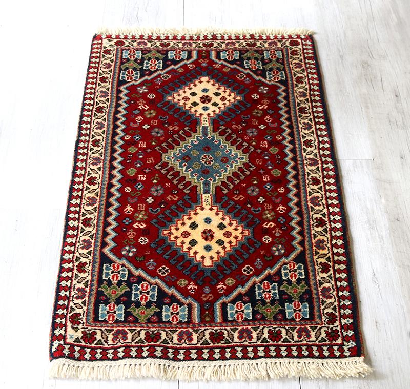 トライバルラグ・部族絨毯/イラン南部ヤラメ Yarameh 玄関マット99×62cmヤストゥク/白と水色の細かな爪を持つ3つのドラゴンモチーフ