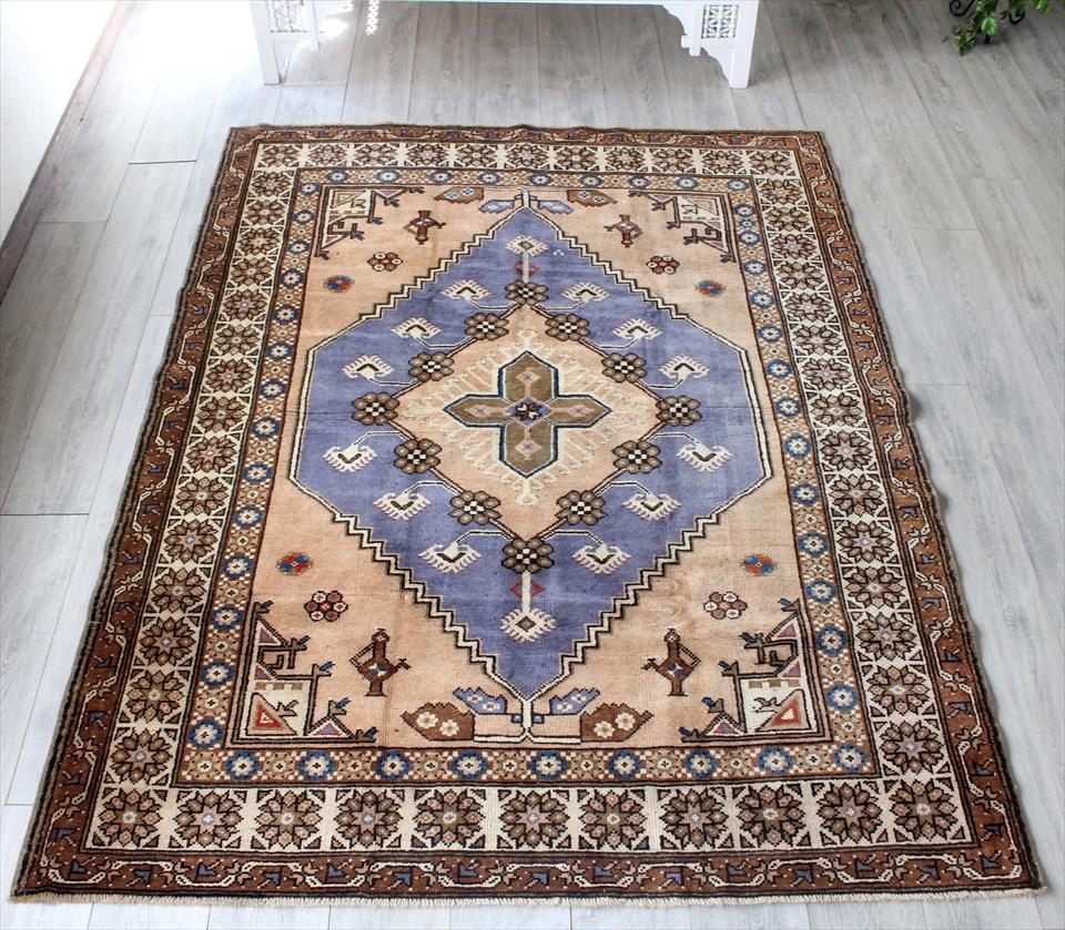 オールドカーペット・トルコ絨毯 アフヨンダズグル カリヨラ216×165cmパープル/ペールピンク 花で飾られたメダリオン