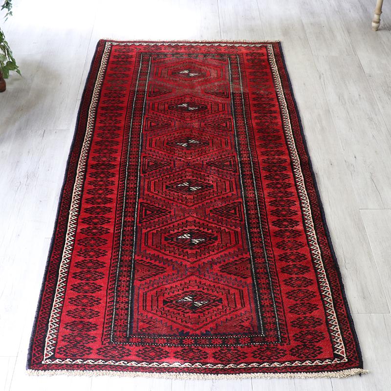 バルーチ族の手織りラグ・トライバルラグ210×98cm6つの六角メダリオン