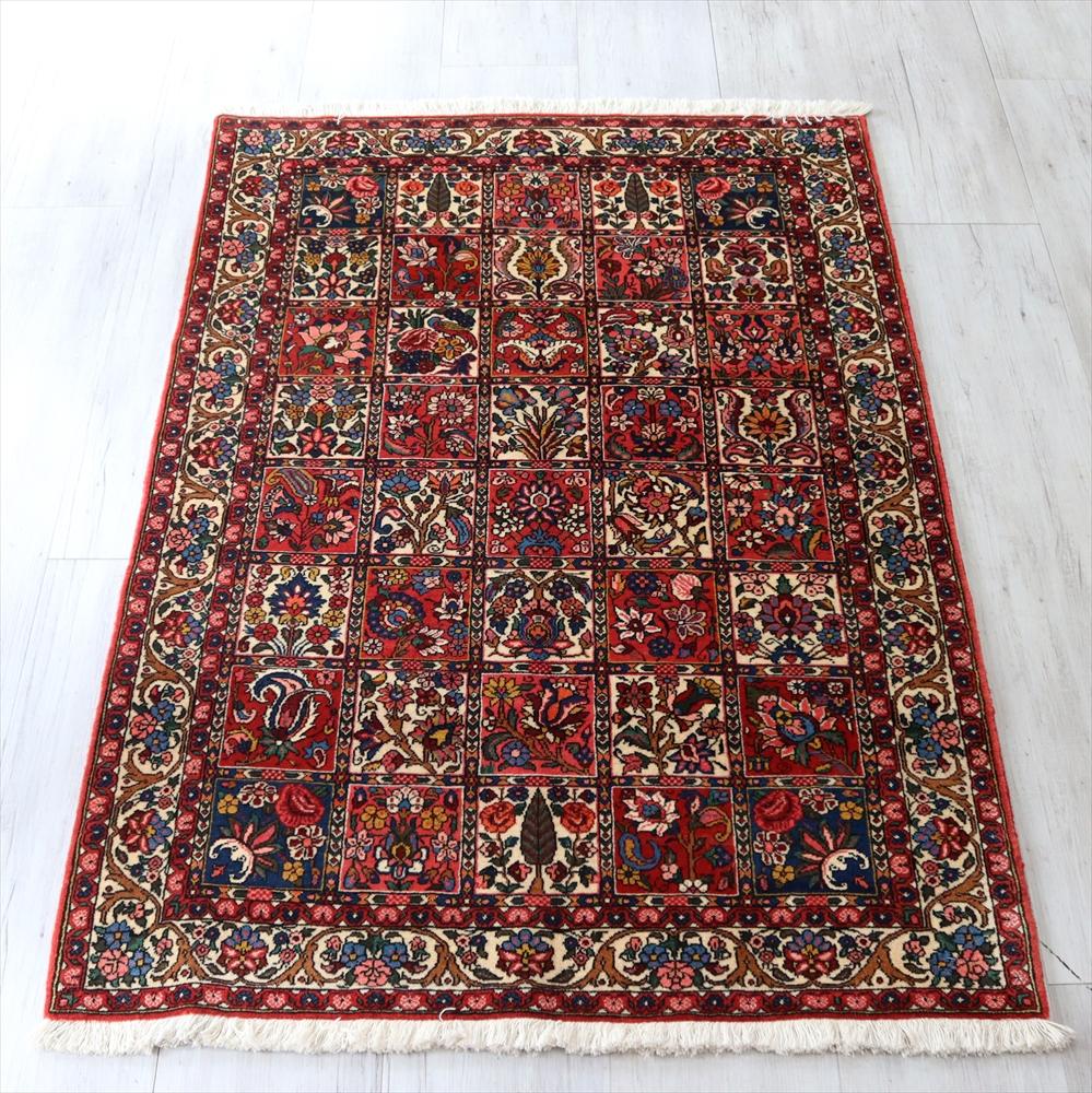 トライバルラグ・部族絨毯 バクティアリ族オールドカーペット152×103cm ガーデンデザイン 薔薇やイトスギのモチーフ