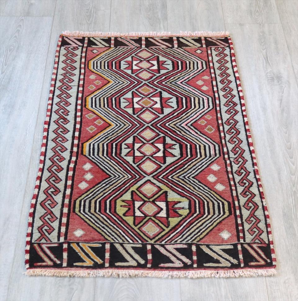 オールドキリム・コンヤ スマック織りのヤストゥク98×55cm4つのソロモンの星