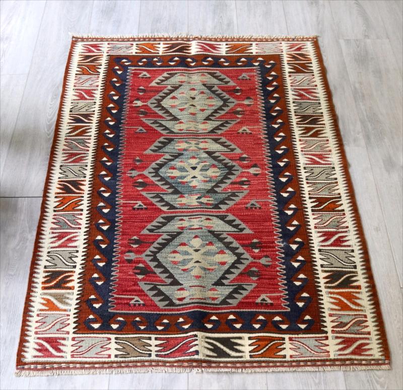 Turkish Kilim トルコキリム・アダナ バフチェジック ウール手織りキリム/チェイレキ3つのひし形メダリオン