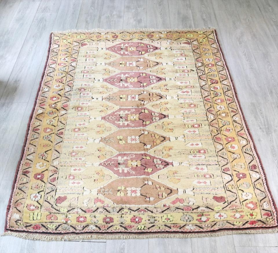 トルコ絨毯・ミラス ヴィンテージラグ セッヂャーデ185×125cm色褪せたパステル・花束のモチーフ