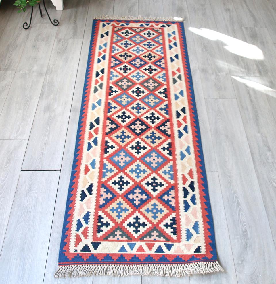 手織りキリム・シラーズ カシュカイ族の伝統柄細長いランナー200x62cm 連なるひし形モチーフ