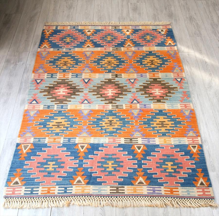 色にこだわる~トルコ・カイセリキリム Turkish Kilims Kayseri セッヂャーデ182×126cm階段状のひし形モチーフ
